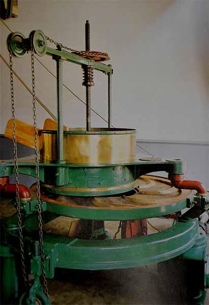 tea rolling machines